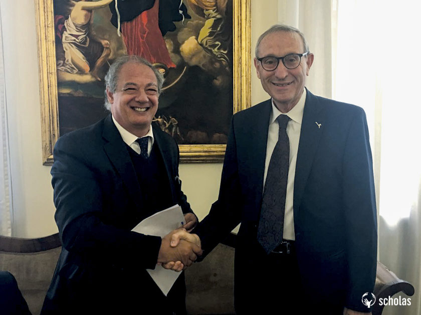 The President of the Hebrew University of Jerusalem, Professor Menahem Ben-Sasson (R) and Scholas Occurrentes President, José María del Corral, after the signature of the academic agreement.